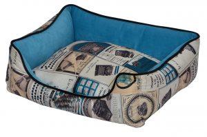 """פטקס מיטה מאויירת לכלב (דגם Vintage) צבע תכלת במידה 75X60X22 ס""""מ"""